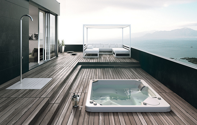 elegant bathtub at outdoor