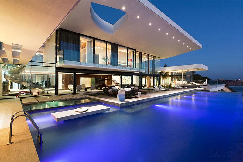 Elegant Villa Sow in Dakar by SAOTA