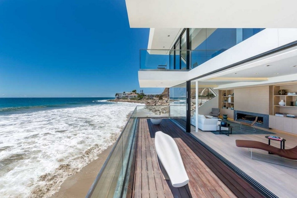 Wave beach house contemporary deck los angeles
