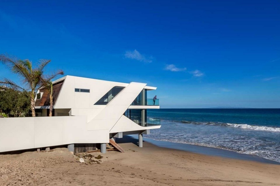 Wave beach house contemporary exterior los angeles