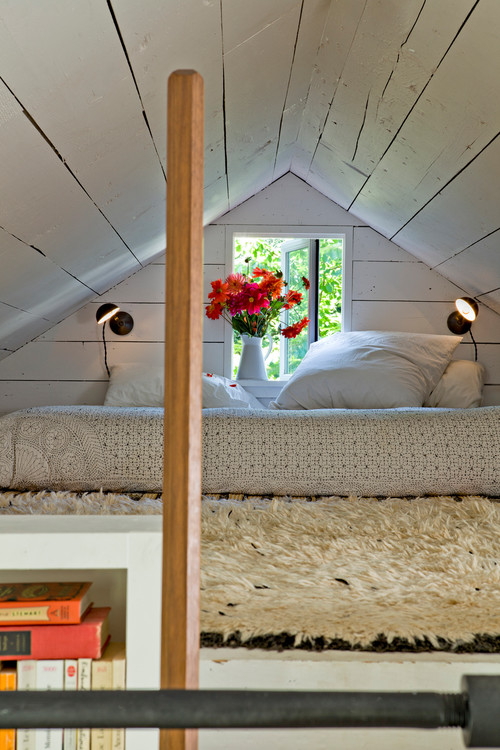 Tiny House shabby chic style bedroom portland