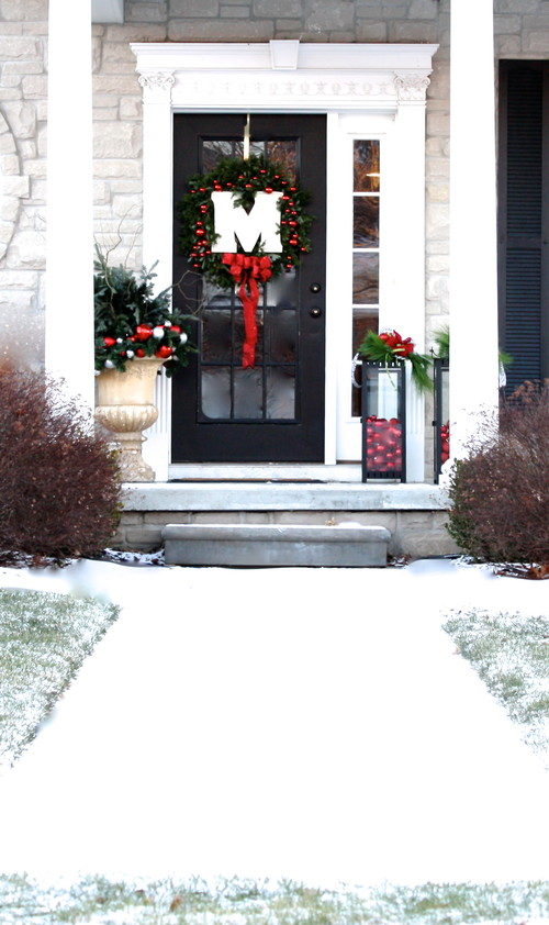 christmas home tour - traditional entry detroit
