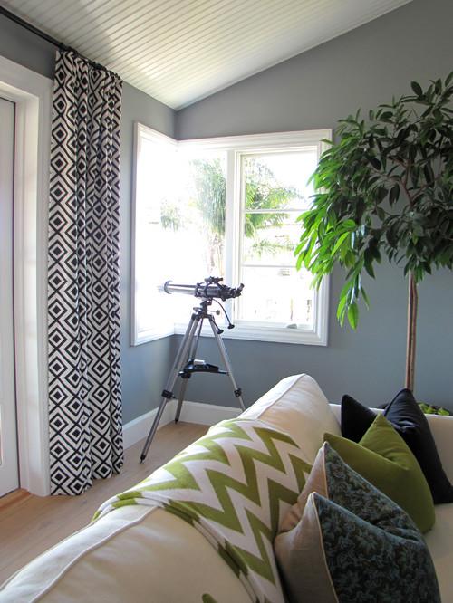Home beach style living room