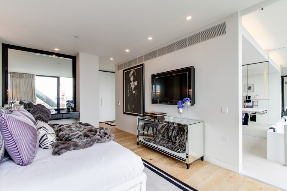 Neo Bankside contemporary bedroom other metro