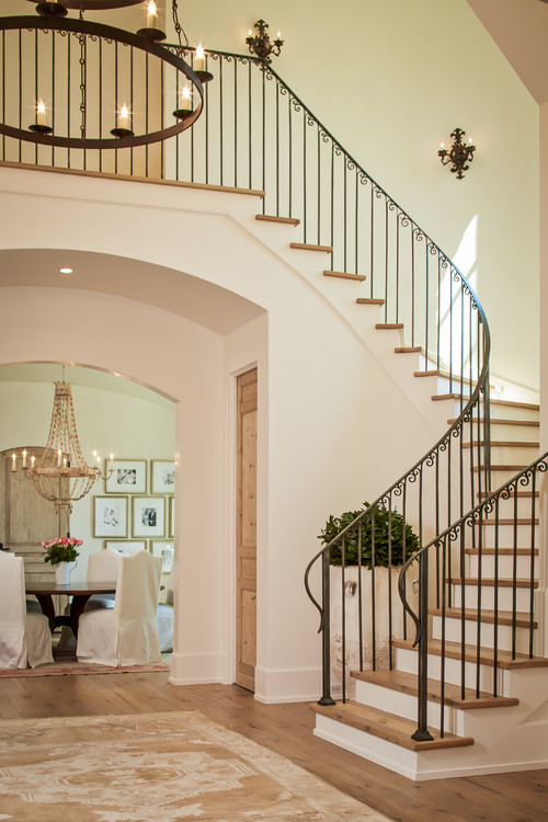 Shasta traditional staircase - houston