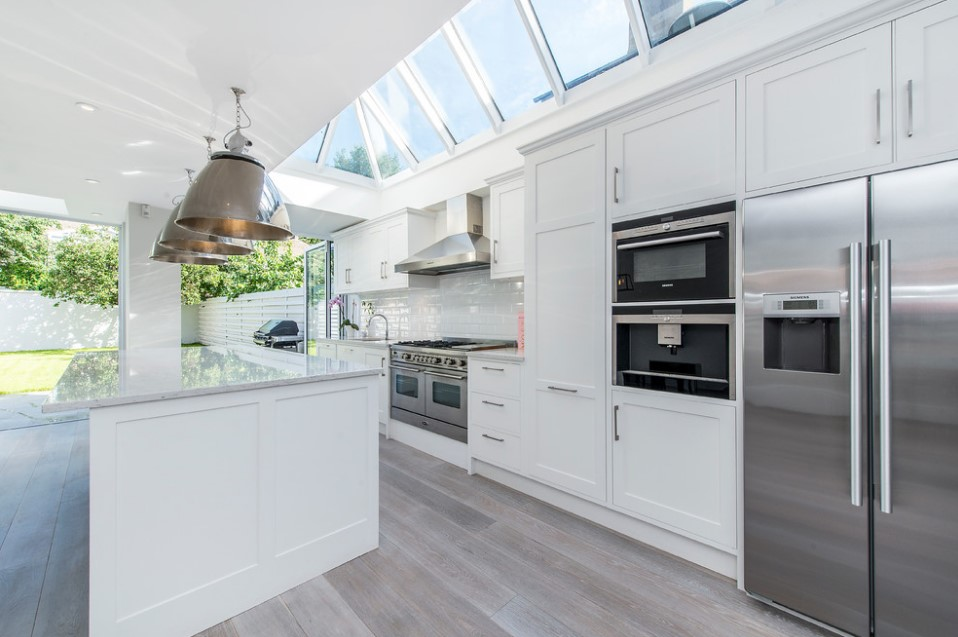 bishops park contemporary white kitchen design - london 2